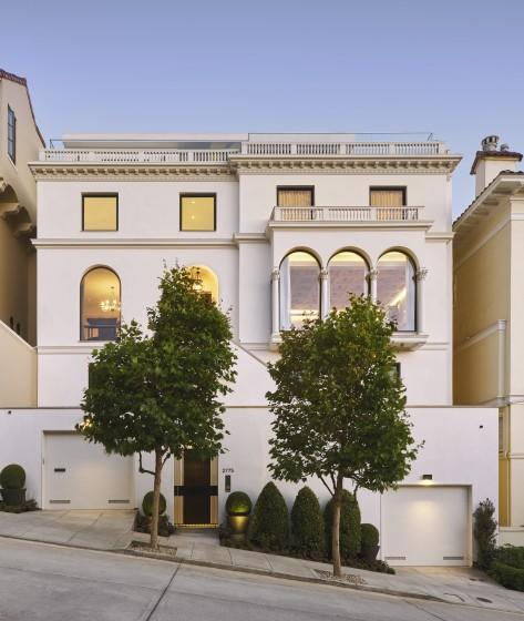 Built in 1916, the five-story home takes in views of the Bay and Golden Gate Bridge.