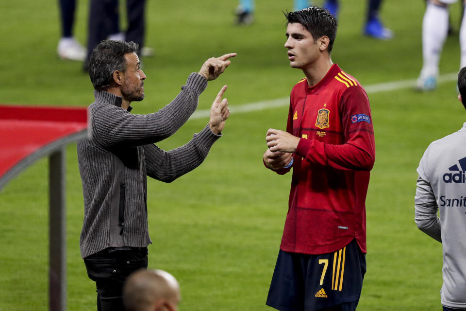 SEVILLA, SPAIN - NOVEMBER 17: (L-R) coach Luis Enrique of Spain, Alvaro Morata of Spain during the  UEFA Nations league match between Spain  v Germany at the la Cartuja Stadium on November 17, 2020 in Sevilla Spain (Photo by David S. Bustamante/Soccrates/Getty Images)