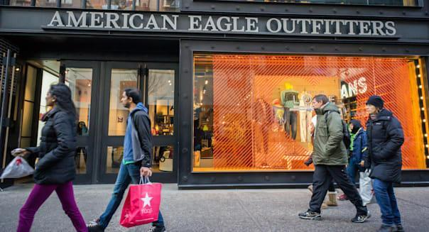 An American Eagle Outfitters store in Herald Square in New York on Saturday, February 1, 2014. (© Richard B. Levine)