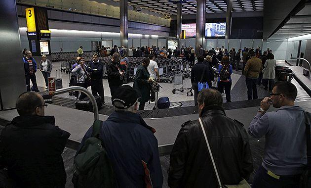 UK glitch that caused flight chaos clears