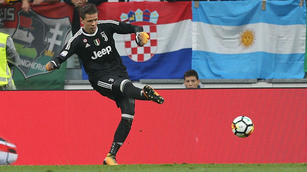 The Poland international has been given the nod ahead of Gianluigi Buffon for the upcoming Serie A clash with the Viola as the veteran is rested