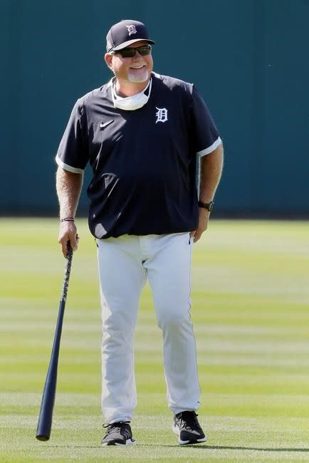 Fulmer back on mound during Tigers' 1st workout at Comerica