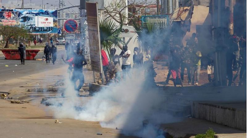Angolan police fire tear gas at illegal protest