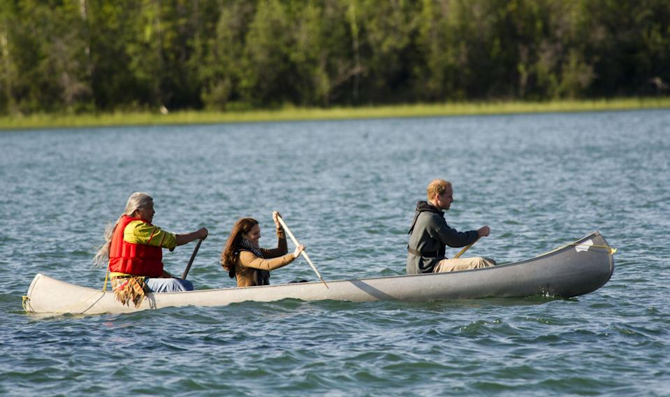 <p>The Duke and Duchess of Cambridge took life by the paddles, as they sailed a small boat down Blatchford Lake on 8 July 2016 during the Royal Tour of Canada. <em>[Photo: Getty]</em> </p>