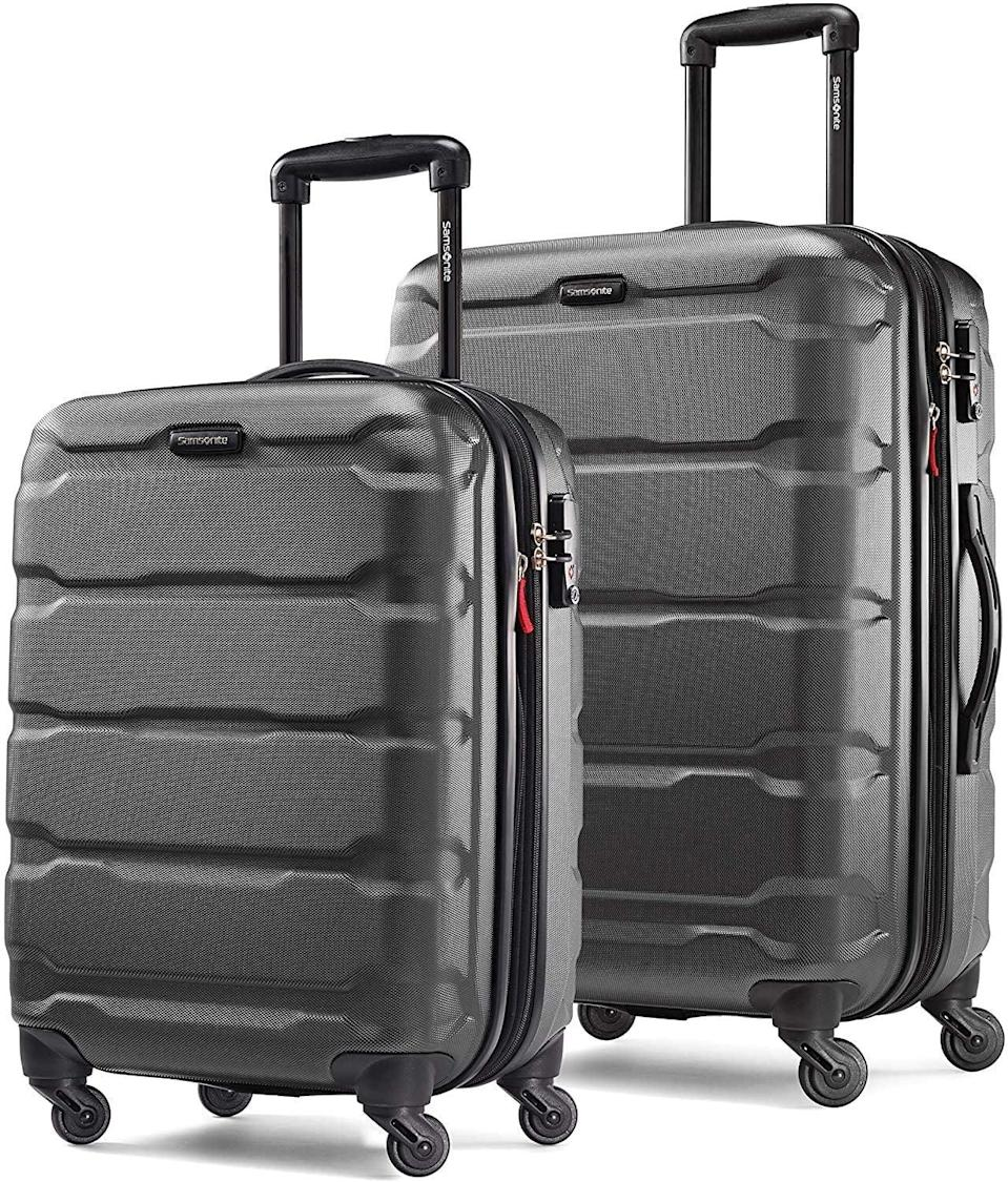 <p><span>Samsonite Omni PC Hardside Expandable Luggage With Spinner Wheels</span> ($125, originally $240)</p>
