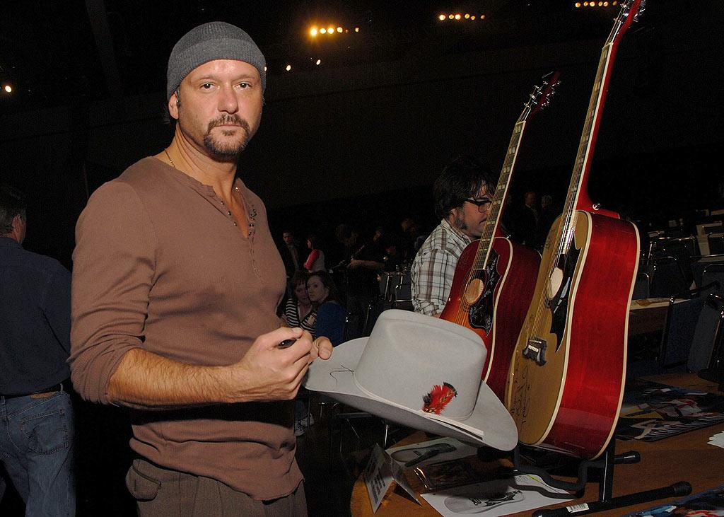 "Is it just us, or does Tim McGraw look naked without a cowboy hat atop his head? Mark Sullivan/<a href=""http://www.wireimage.com"" target=""new"">WireImage.com</a> - February 5, 2009"