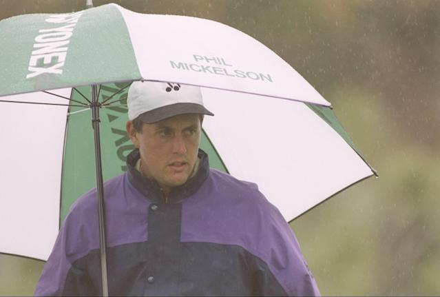 After growing up playing Ping clubs, Mickelson signed with Yonex upon turning pro in 1992. It made him one of the few players on tour to use graphite shafts in his irons, which Mickelson later conceded contributed to his erratic ball striking. In 1994, he changed out his Ping Eye 2 lob wedge for a 60 degree wedge he designed for Yonex. He played that wedge until 2000, when he left Yonex for Titleist. After putting the Ping Eye 2 back in the bag, Mickelson admitted that the wedge he had designed lacked enough bounce, causing it to dig rather than glide through rough and sand. Mickelson said the club grabbed the grass on a crucial wedge recovery shot on the 70th hole, leading to a bogey in his one stroke loss to Payne Stewart.