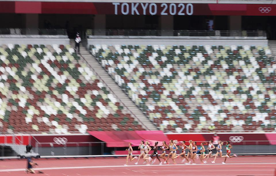 <p>Canada's Gabriela Debues-Stafford (L) competes to win the women's 1500m heats during the Tokyo 2020 Olympic Games at the Olympic Stadium in Tokyo on August 2, 2021. (Photo by Giuseppe CACACE / AFP)</p>