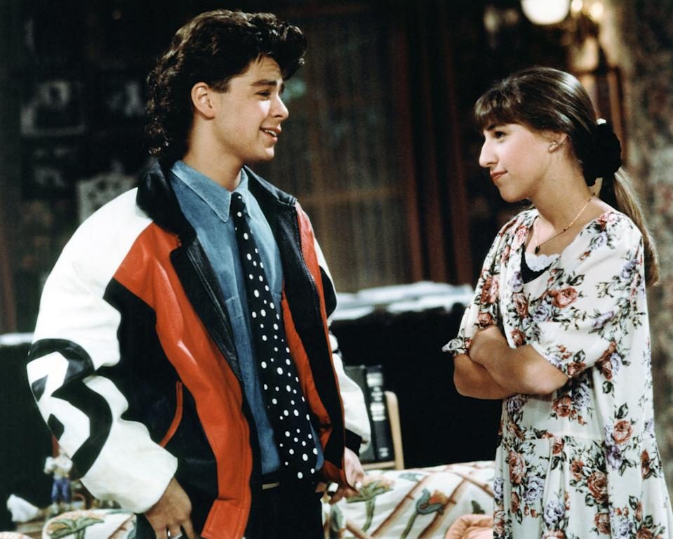 "Mayim Bialik, right, starred with Joey Lawrence in ""Blossom."" (Photo: Touchstone Television/Courtesy: Everett Collection)"