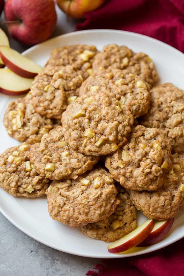 """<p>When Washingtonians are in the mood for baking, they incorporate all-natural flavors into aromatic, apple-cinnamon oatmeal cookies<span class=""""redactor-invisible-space"""">. The fruit and spices make for a not-too-sweet treat that can complete pretty much any holiday spread.</span></p><p>Get the recipe from <a href=""""https://www.cookingclassy.com/apple-cinnamon-oatmeal-cookies/"""" rel=""""nofollow noopener"""" target=""""_blank"""" data-ylk=""""slk:Cooking Classy"""" class=""""link rapid-noclick-resp"""">Cooking Classy</a>.</p>"""