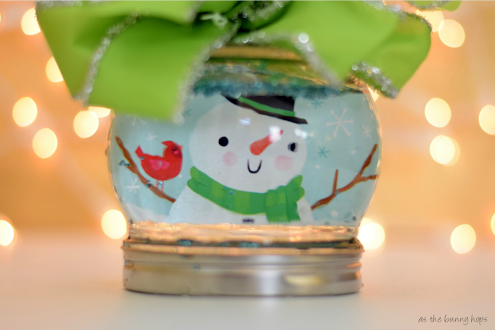 Gift card snow globe According to research done by Target, 90 percent of Target shoppers enjoy receiving gift cards, but only 30 percent like to give them. Around the holidays, so many gift cards come with adorable seasonal designs. Why not take advantage of this and turn yours into a gift card snow globe you can wrap and put under the tree like any other present? Amy from As the Bunny Hops shows you how. (Photo: As the Bunny Hops)