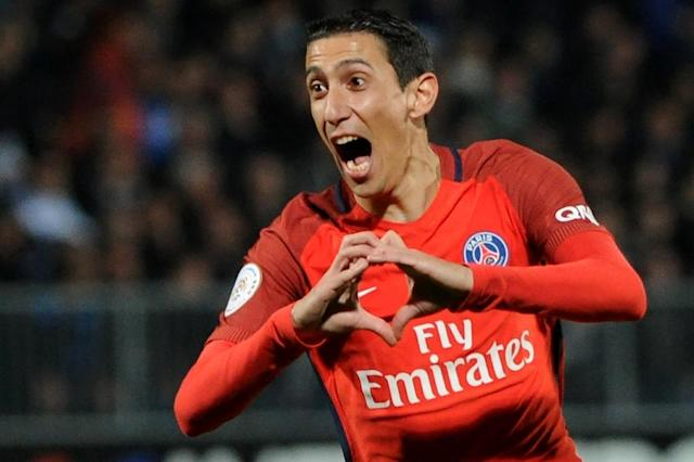 Paris Saint-Germain's Angel Di Maria gestures as he celebrates scoring a goal during their match against Angers on April 14, 2017 (AFP Photo/FRED TANNEAU)