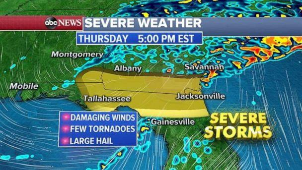PHOTO: As the storm moves east Thursday, a severe threat will move into northern Florida and southern Georgia. Tornadoes, damaging straight-line winds and large hail all are possible. (ABC News)
