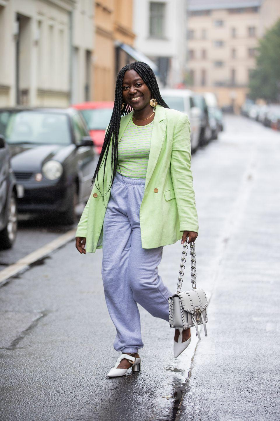 <p>The blazer is a classic transitional piece. The pale pastel green and gold jewellery paired with bright white handbag and mini heels, gives this a fresh spring look compared to the usual autumnal take on the item.</p>
