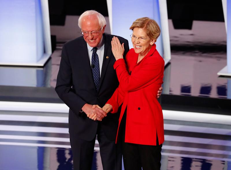 Sens. Bernie Sanders (I-Vt.) and Elizabeth Warren (D-Mass.) are among the presidential candidates to back a moratorium on new factory farms. (Photo: Paul Sancya/ASSOCIATED PRESS)