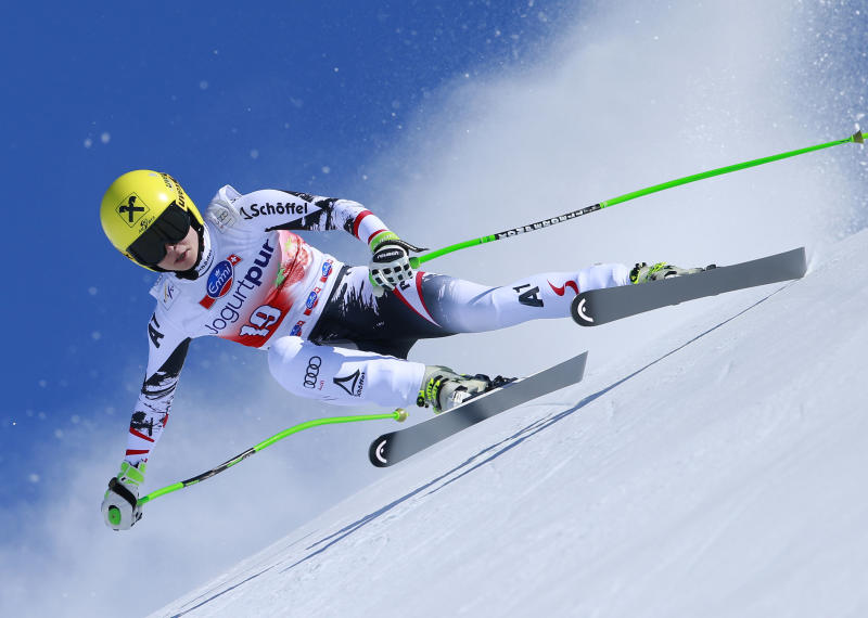 Fenninger wins overall World Cup, Gut wins super-G