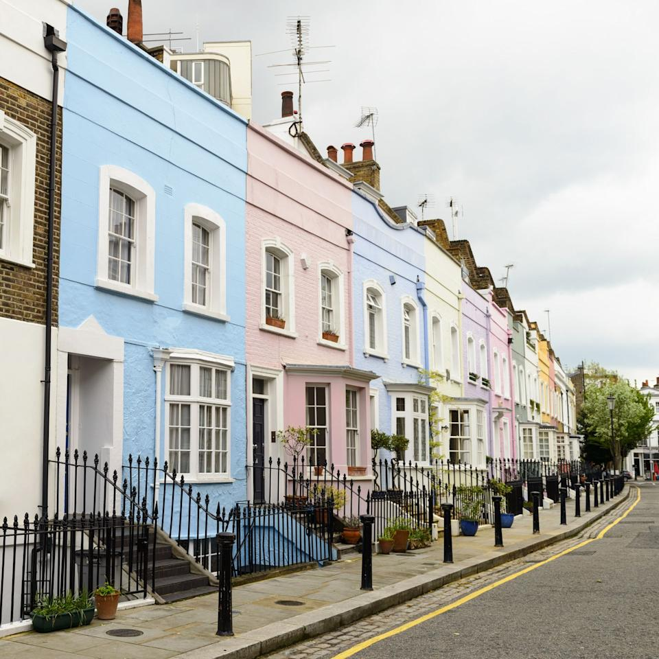 """<p><strong>The <a href=""""https://www.housebeautiful.com/uk/decorate/exterior/news/a68/what-does-your-front-door-say-about-you/"""">front door</a> is the first thing guests will see, so it really pays to make this a presentable, well-decorated space. If you're looking for some modern front door ideas then you've come to the right place – from outdoor lights to hanging baskets, there are some front door essentials that will really elevate your exterior to new, Instagrammable heights.</strong></p><p>Taking pride with the exterior of your house not only improves the look of your home, but can increase house value, and impact the way you feel, engage and interact with your space. So, what makes a front door Instagrammable? Take a look at some of the key ways you can transform your front door.</p>"""