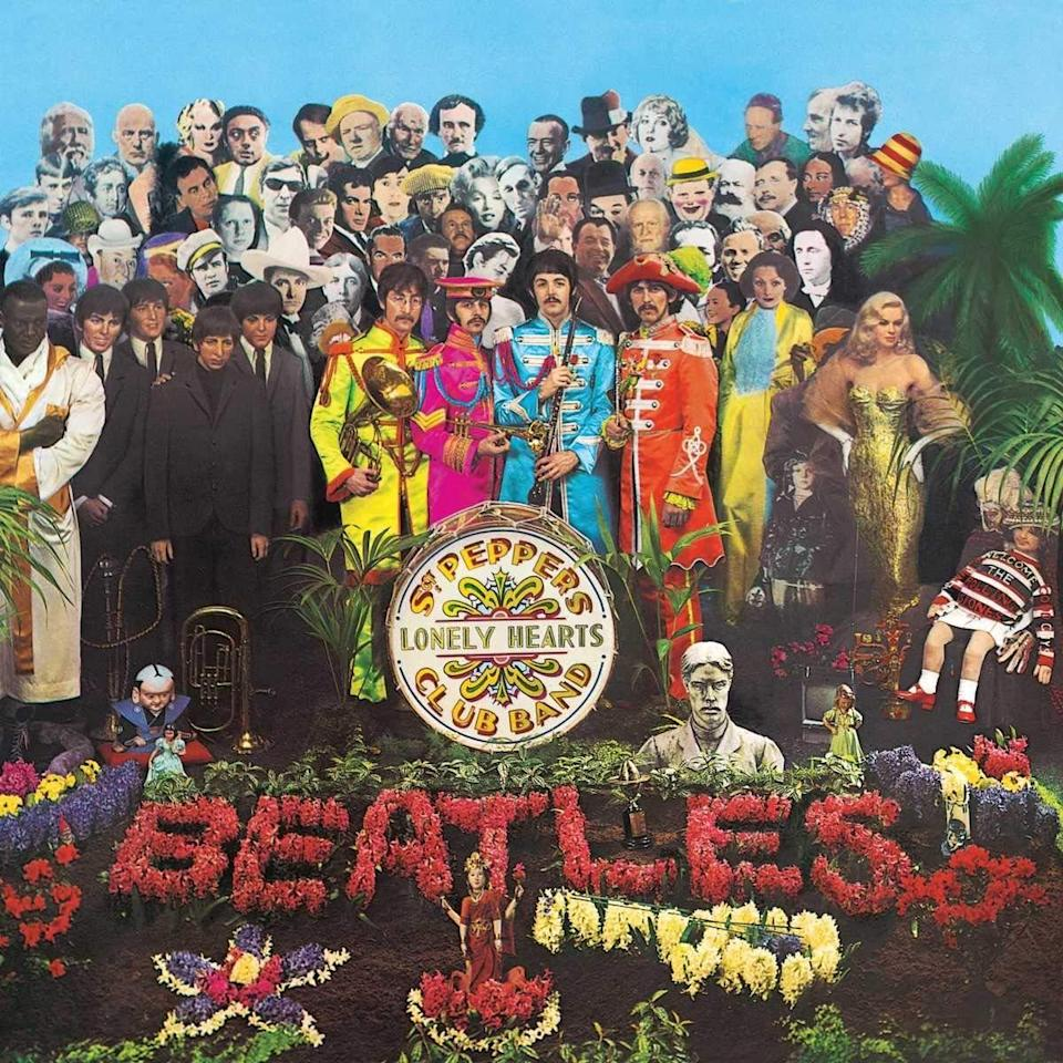 St.-Peppers-Lonely-Hearts-Club-Band-The-Beatles--1624659442