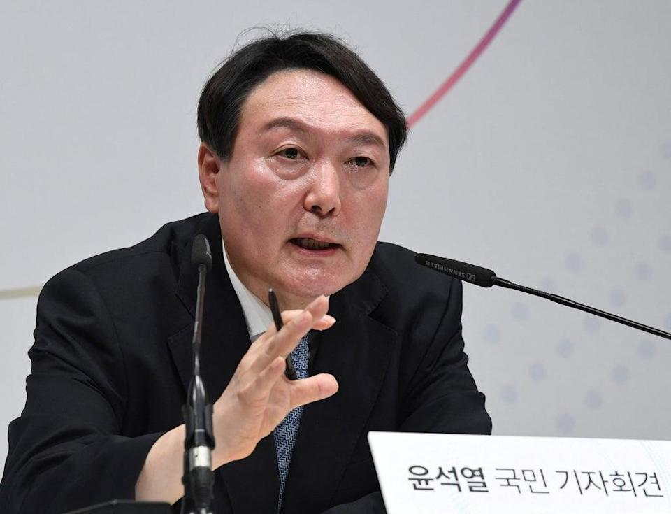 File: Former prosecutor general Yoon Seok-youl speaks during a press conference to declare his bid for South Korea's 2022 presidential election (Getty Images)