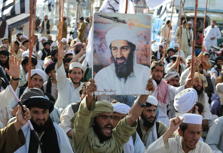 Supporters of hardline pro-Taliban party Jamiat Ulema-i-Islam-Nazaryati protest in Quetta after the killing of Osama Bin Laden