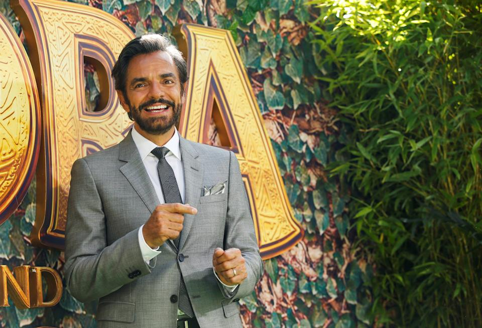 Actor Eugenio Derbez poses for photo at the premiere for the movie