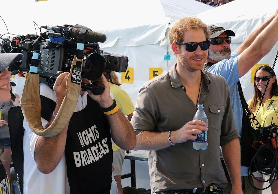 Prince Harry mingling with the press at the Invictus Games in 2016 (Photo: PA)
