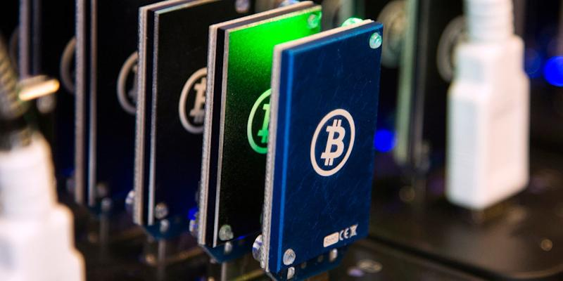 A chain of block erupters used for Bitcoin mining is pictured at the Plug and Play Tech Center in Sunnyvale, California October 28, 2013. Since discovering digital currency Bitcoins a few months ago, Aaron Jackson-Wilde has paid about $2,000 for