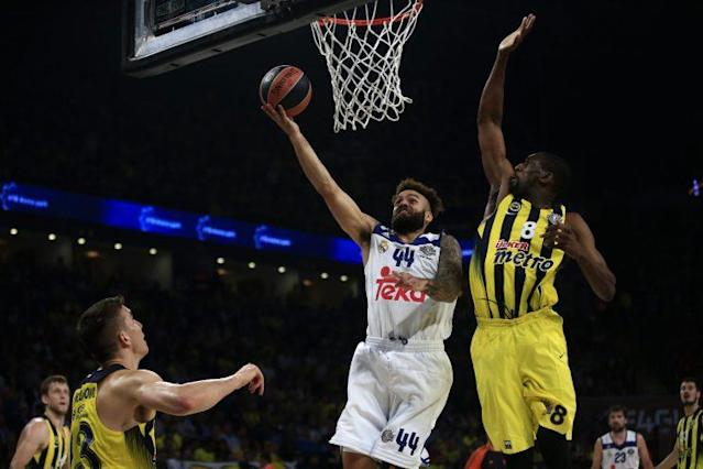 "Fenerbahce's Ekpe Udoh, right, tries to stop <a class=""link rapid-noclick-resp"" href=""/soccer/teams/real-madrid/"" data-ylk=""slk:Real Madrid"">Real Madrid</a>'s Jeffery Taylor during the Final Four Euroleague semifinal in May. (AP)"