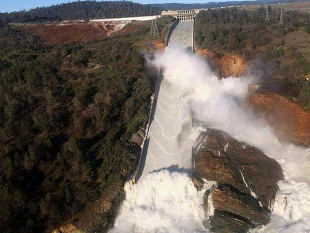 More than 500 Calif. inmates evacuated due to dam flooding dangers