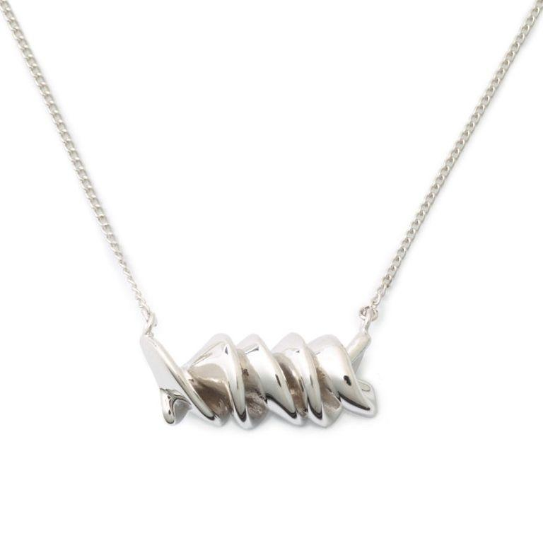 You can now celebrate your love of pasta with a silver noodle necklace