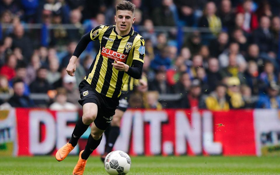 Mason Mount in action for Vitesse - GETTY IMAGES