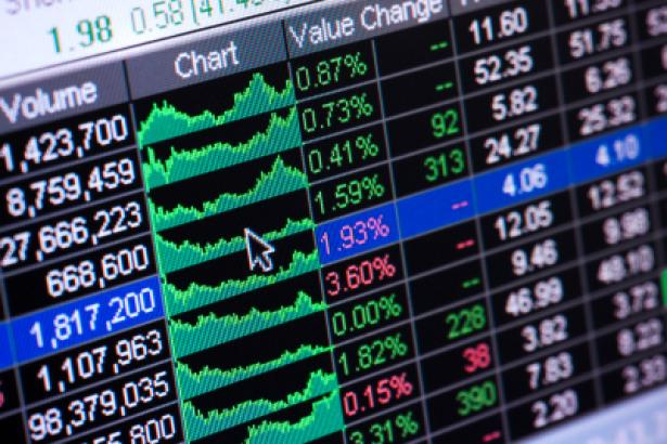 Weakening Consumer Spending, Fed Rate Cut Pause, Trade Deal Uncertainty – All Reasons to Trim Stock Positions