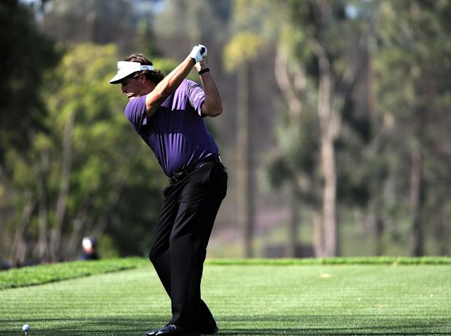PACIFIC PALISADES, CA - FEBRUARY 18: Phil Mickelson hits driver on the second hole during the third round of the Northern Trust Open at the Riviera Country Club on February 18, 2012 in Pacific Palisades, California. (Photo by Harry How/Getty Images)