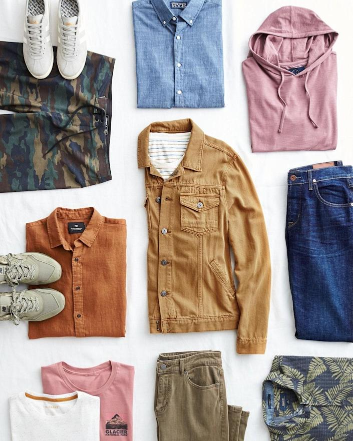 """If your dad's back in (or headed back to) the office, send him a curated box of new wardrobe essentials. For a $20 styling fee, a personal stylist will help ease him out of his pajamas-and-sweats look—and that styling fee will then be credited toward anything he keeps from the box. $20, Stitch Fix. <a href=""""https://www.stitchfix.com/gifts#ways_to_gift"""" rel=""""nofollow noopener"""" target=""""_blank"""" data-ylk=""""slk:Get it now!"""" class=""""link rapid-noclick-resp"""">Get it now!</a>"""