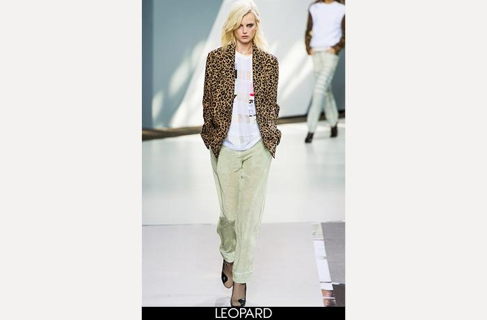 "<div class=""caption-credit""> Photo by: Fairchild Archive</div><div class=""caption-title""></div><b>3.1 Phillip Lim Spring 2013 <br></b> <br> Says Gosling: ""Research on cats shows they have more creativity than, say, dogs. They're also more unpredictable."""