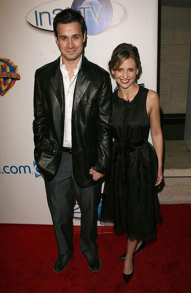 <p>The teen film heartthrob and Buffy the Vampire Slayer first met filming I Know What You Did Last Summer in 1997. They married in 2002 and have two children together.</p>