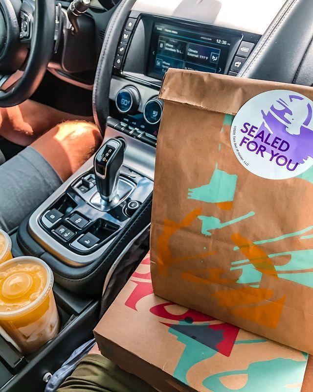 "<p>OK, so obviously carby things like burritos and tacos are out, but thankfully, Taco Bell's menu is highly customizable and there are even some standard menu items you can fall back on that are keto-friendly, including things like the Power Menu Bowl. <a href=""https://www.delish.com/food/a29688034/taco-bell-keto-menu/"" rel=""nofollow noopener"" target=""_blank"" data-ylk=""slk:More options here."" class=""link rapid-noclick-resp"">More options here. </a></p><p><a href=""https://www.instagram.com/p/CFswafhFSJU/"" rel=""nofollow noopener"" target=""_blank"" data-ylk=""slk:See the original post on Instagram"" class=""link rapid-noclick-resp"">See the original post on Instagram</a></p>"
