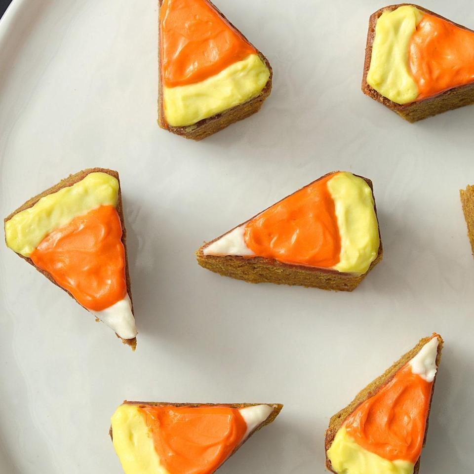 "These blondies look like candy corn, but they're packed with pumpkin. <a href=""https://www.epicurious.com/recipes/food/views/-candy-corn-pumpkin-blondies-51254510?mbid=synd_yahoo_rss"" rel=""nofollow noopener"" target=""_blank"" data-ylk=""slk:See recipe."" class=""link rapid-noclick-resp"">See recipe.</a>"