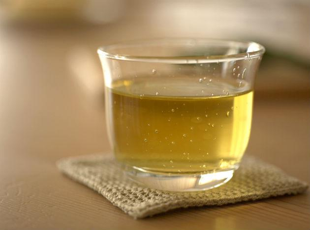 <b>Green tea:</b> While it's not technically a food, no detox plan would be complete without regular consumption of essential liquids. Fluids are essential for keeping our organs healthy and helping to flush toxins from the body, and drinking green tea is a great way of boosting your intake. Green tea is not only a good weight-loss drink, but it is extremely high in antioxidants. Research has also suggested that drinking green tea can protect the liver from diseases including fatty liver disease.