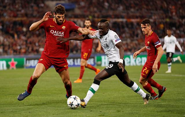 Soccer Football - Champions League Semi Final Second Leg - AS Roma v Liverpool - Stadio Olimpico, Rome, Italy - May 2, 2018 Liverpool's Sadio Mane in action with Roma's Federico Fazio Action Images via Reuters/John Sibley