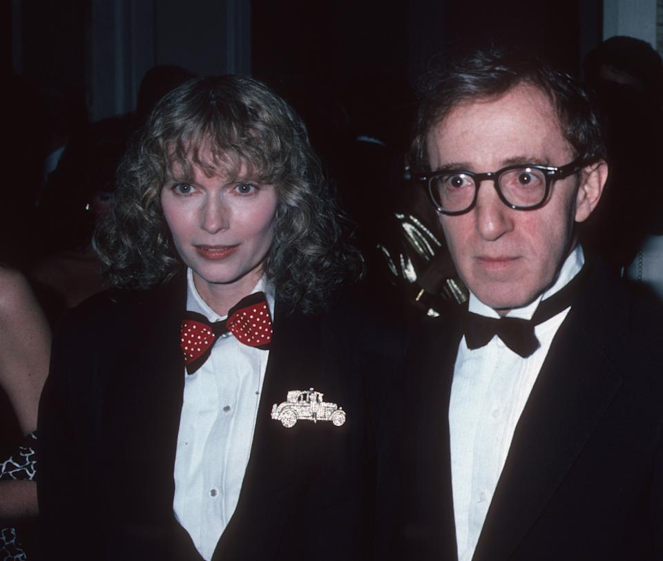 Actor Woody Allen and actress Mia Farrow attend Democratic National Committee Fundraiser A Tribute to Arthur and Mathilde Krim on April 14, 1986 at the Waldorf Hotel in New York City. (Photo by Ron Galella, Ltd./Ron Galella Collection via Getty Images)