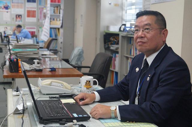 <p>Hiroharu Aoki, the director of the Crisis Management Division for Nagasaki Prefectural Government. (Photo: Michael Walsh/Yahoo News) </p>