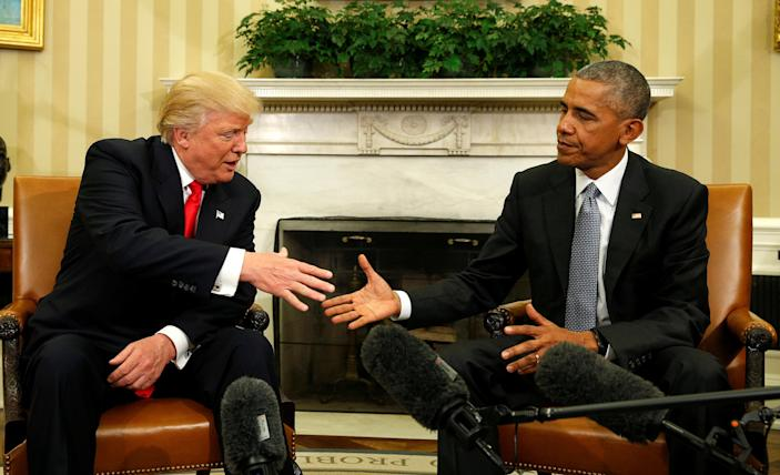 President Barack Obama meets with President-elect Donald Trump in the Oval Office of the White House, Nov. 10, 2016. (Kevin Lamarque/Reuters)
