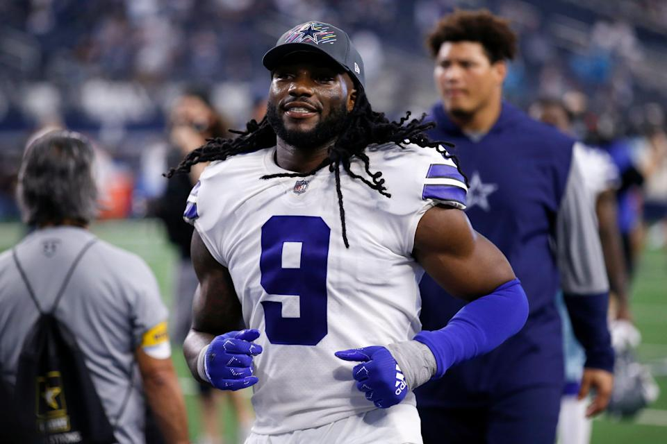 Dallas Cowboys linebacker Jaylon Smith leaves the field after an NFL football game against the Carolina Panthers in Arlington, Texas, Sunday, Oct. 3, 2021.