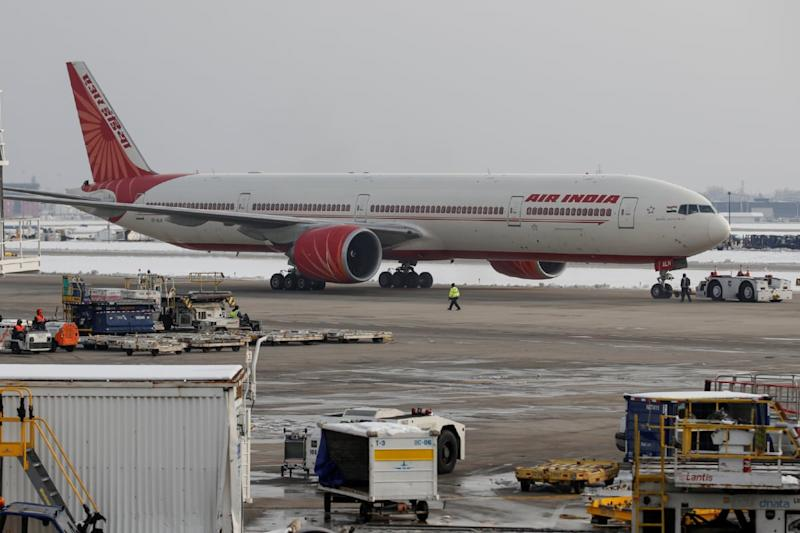 Centre Allows Airlines to Set their Own Baggage Limits Relaxing Covid-19 Limits
