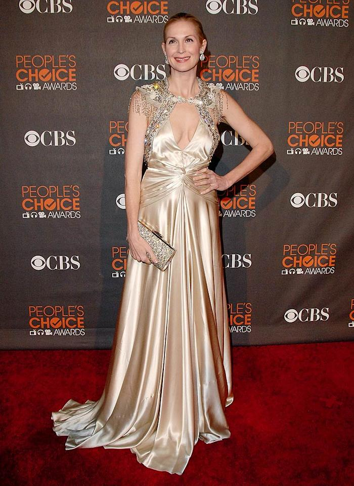 """Kelly Rutherford (""""Gossip Girl"""") also caused heads to turn thanks to this gaudy gown. Jon Kopaloff/ <a href=""""http://www.filmmagic.com/"""" target=""""new"""">FilmMagic.com</a> - January 6, 2010"""