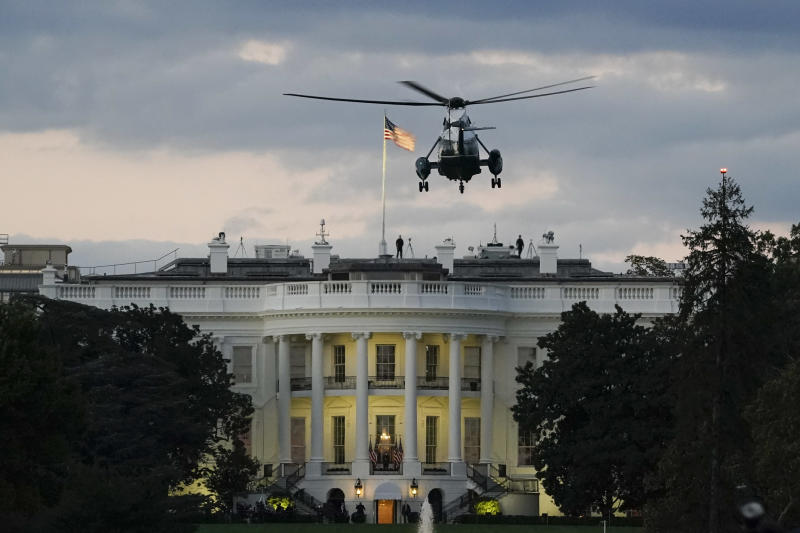 WASHINGTON, DC - OCTOBER 05: U.S. Marine One, with President Donald Trump onboard, prepares to land on the South Lawn of the White House on October 5, 2020 in Washington, DC. Trump was returning to the White House after being treated for Covid-19 at Walter Reed National Military Medical Center since Friday evening. (Photo by Drew Angerer/Getty Images)
