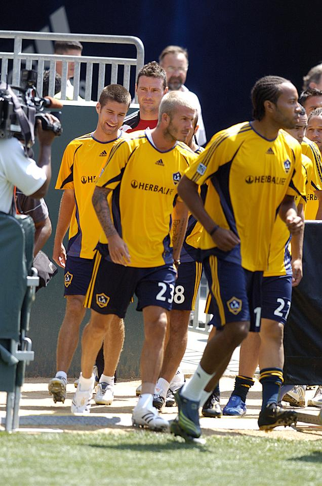 CARSON, CA - JULY 16: David Beckham trains for the first time with his Los Angeles Galaxy teammates on July 16, 2007 at the Home Depot Center in Carson, California. (Photo by Toby Canham/Getty Images)