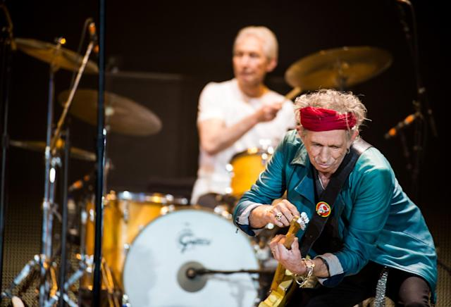 LONDON, ENGLAND - NOVEMBER 25: (STRICTLY EDITORIAL USE ONLY) Charlie Watts and Keith Richards of The Rolling Stones perform live at 02 Arena on November 25, 2012 in London, England. (Photo by Ian Gavan/Getty Images)