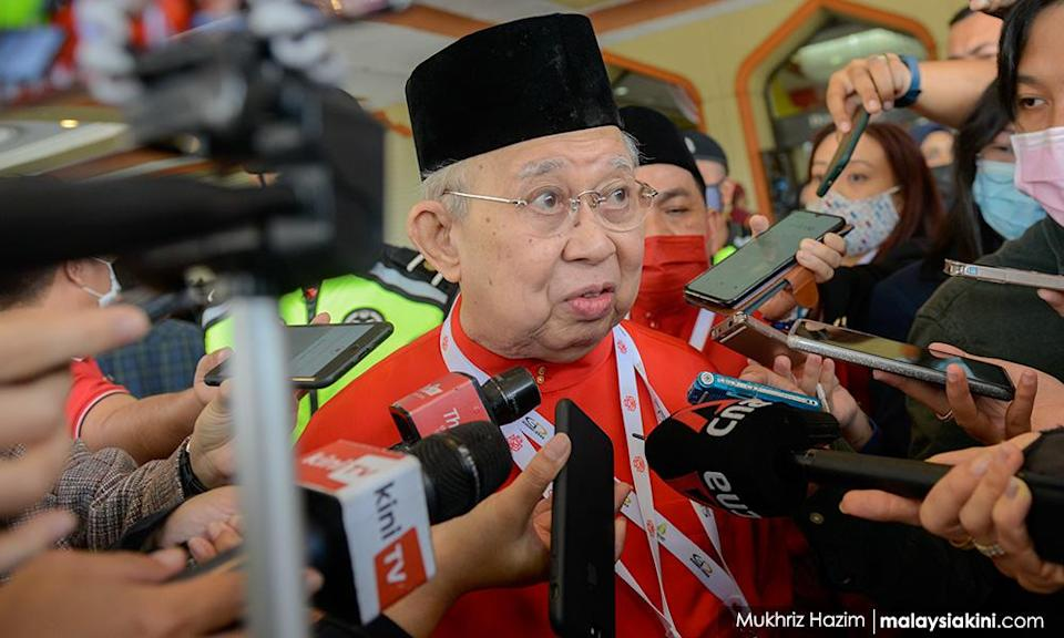 Ku Li: If PAS insists on being with PN, we'll fight them too
